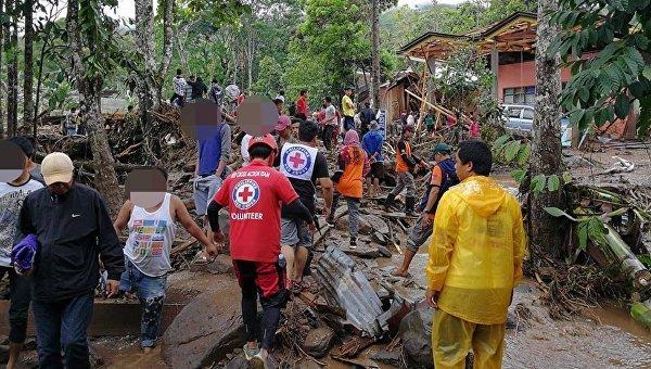 Последствия разрушительного шторма на Филиппинах