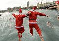Традиционные соревнования по плаванью на Рождество прошли в Барселоне