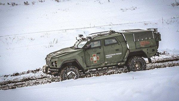 ВНацгвардии испытали новый бронеавтомобиль «Варта-Новатор»
