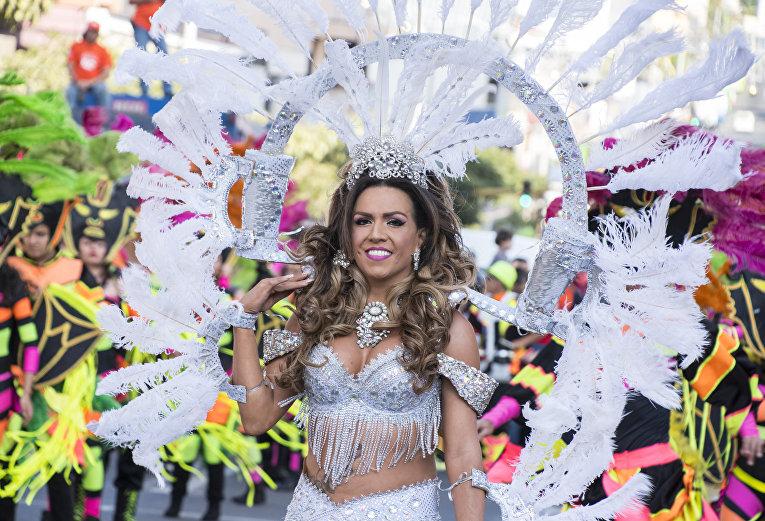 Карнавал в Коста-Рика