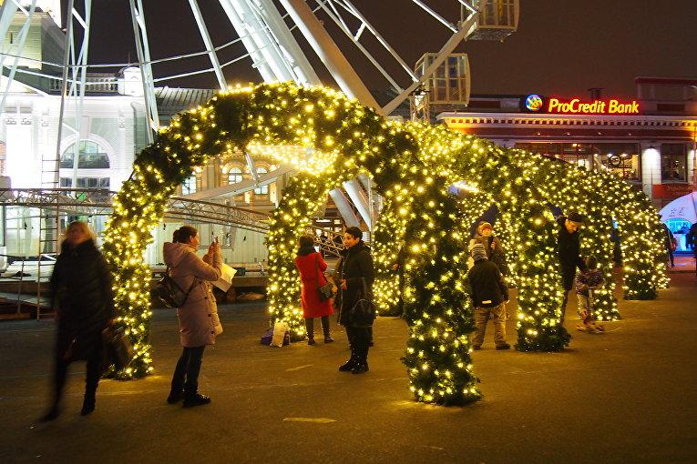В центре Киева открылся новогодний городокс