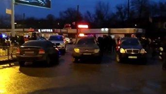 Ситуация возле захваченного здания в Харькове. Видео