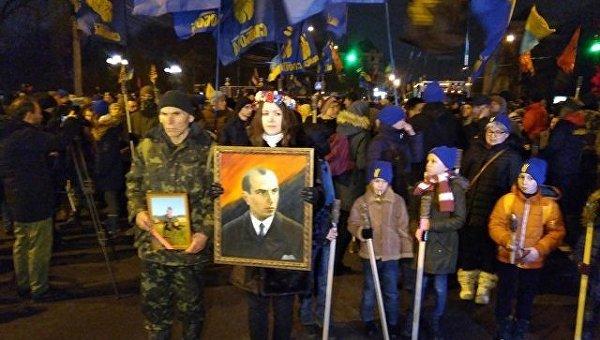 В Киеве прошло Факельное шествие в честь Бандеры