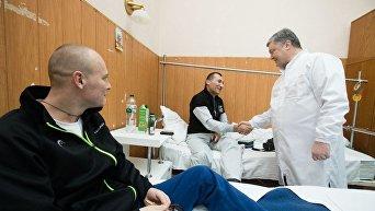 Президент Петр Порошенко поздравил военных с Новым годом