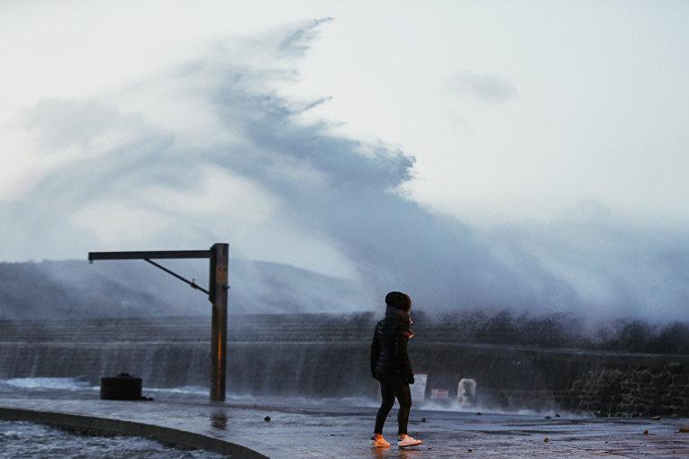 На Францию обрушился шторм Элеонора