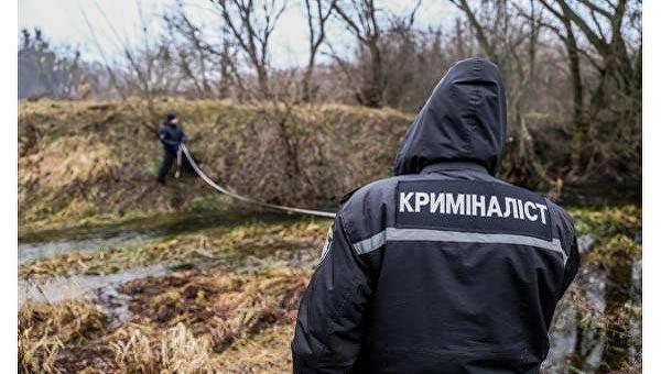 Следственная группа на месте, где нашли тело Ирины Ноздровской