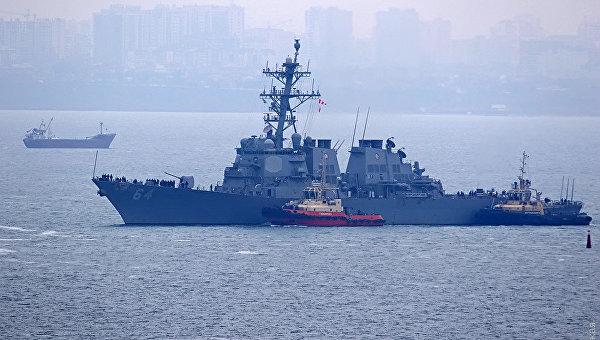 Эсминец ВМС США Карни (Carney DDG64). Архивное фото