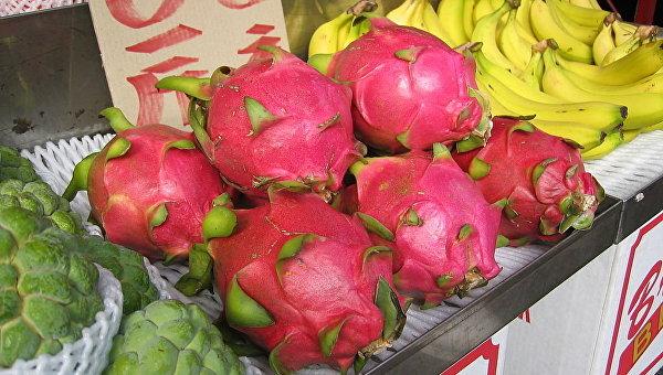 Питайа (драконий фрукт) на рынке в Тайване