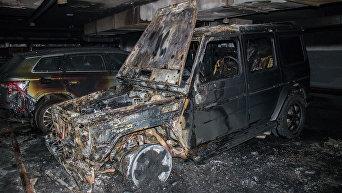 Сгоревший внедорожник Mercedes G-class AMG на подземном паркинге в Киеве