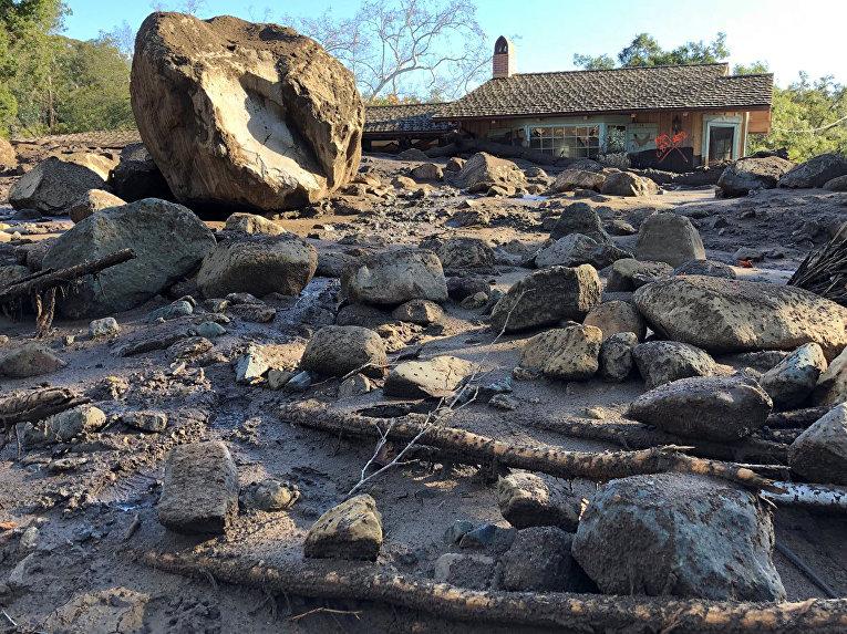 Последствия оползней в Санта-Барбаре