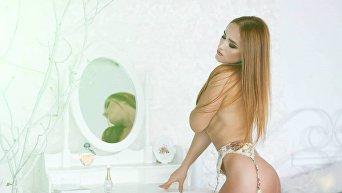 Бикини-модель Марина Слота