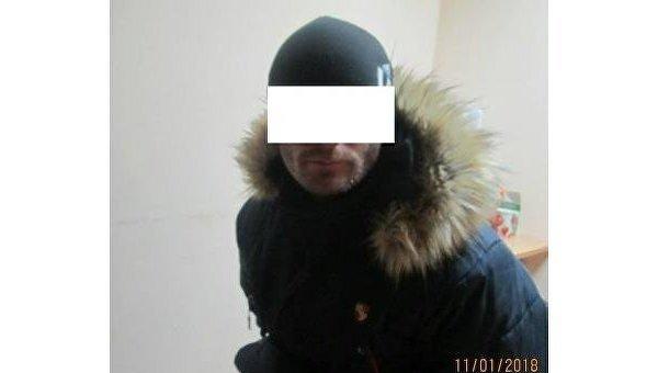 Провозивший марихуану молдаванин набросился на пограничников