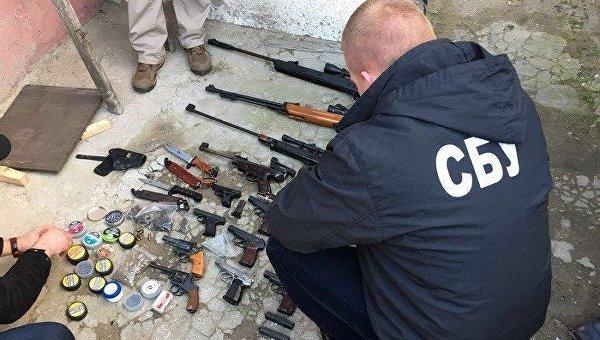 СБУ поймала жителя Одесской области, переделывавшего травморужие в боевое
