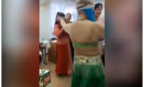 Сеть взорвало видео с корпоратива врачей с танцем живота. Видео