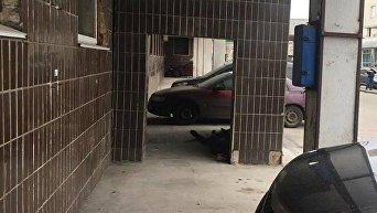 Бездомный умер у дверей киевской больницы скорой помощи