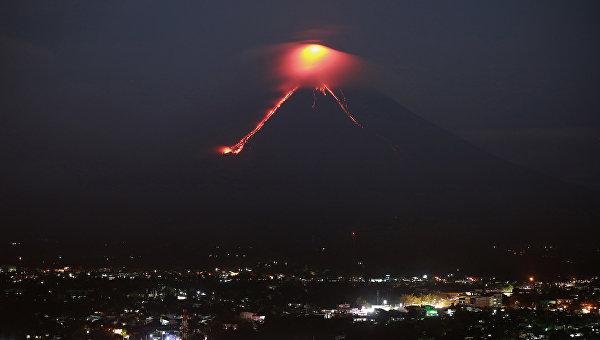 Извержение вулкана Майон на Филиппинах