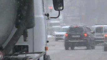 Николаев заметает снегом. Видео
