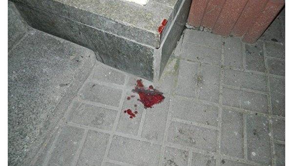 В центре Киева двое подростков избили и ограбили прохожего