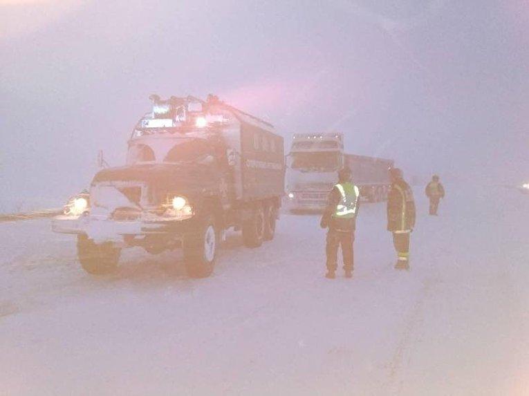 Ситуация на дорогах из-за снегопада 18 января 2018 г.