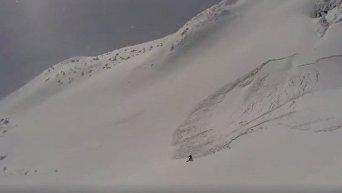 На Драгобрате лыжник спасся от лавины
