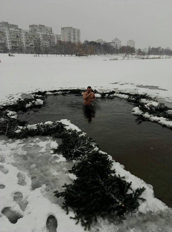 Депутат Киевсовета Сергей Артеменко, Крещение 19 января 2018 года