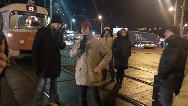 В Киеве противники застройки перекрыли дорогу