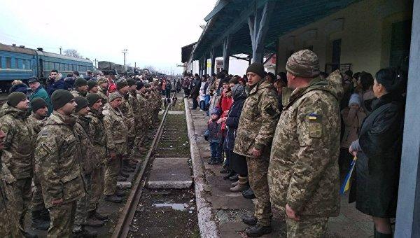 Бойцы 128-й горно-пехотной бригады ВСУ прибыли в Закарпатье