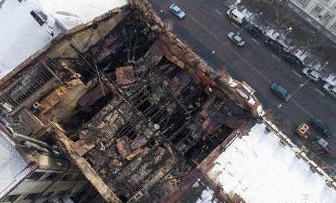 Последствия пожара в доме на Богдана Хмельницкого в центре Киева
