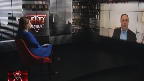 Кадр эфира телеканала ZIK с Андреем Портновым