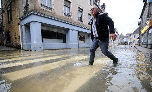 Наводнение во Франции, Сена и Рейн вышли из берегов