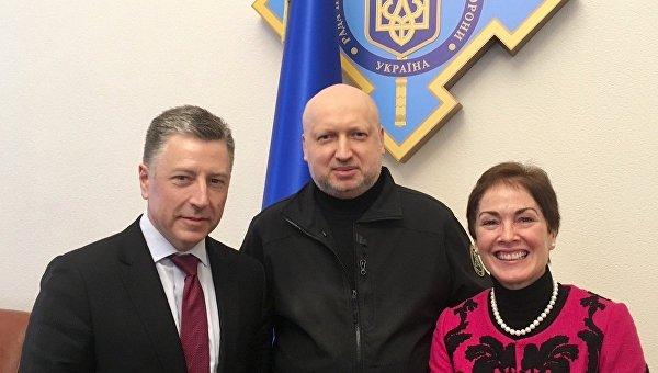 Волкер иТурчинов обсудили закон ореинтеграции Донбасса