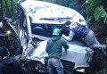 В Гватемале автобус рухнул в пропасть