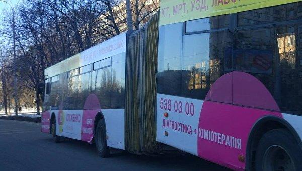 В Киеве произошла курьезная авария троллейбуса