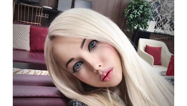 Украинская Барби Валерия Лукьянова