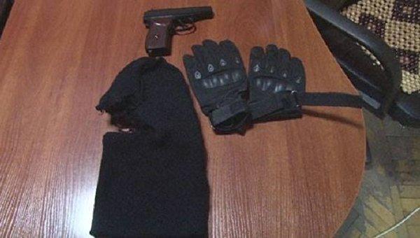 ВОдессе двое нетрезвых мужчин грозились расстрелять гостей кафе