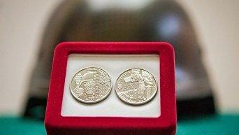 Памятная монета Защитникам донецкого аэропорта