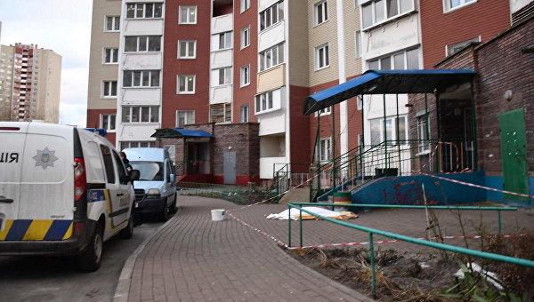 Выбросили наулицу: появились кошмарные детали «самоубийства» женщины вКиеве