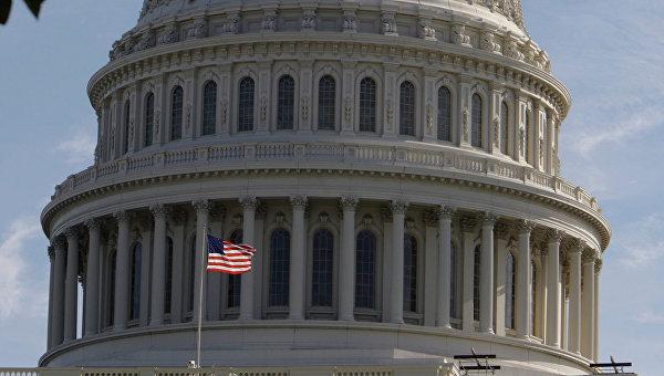 Купол Капитолия - здания Конгресса США в Вашингтоне