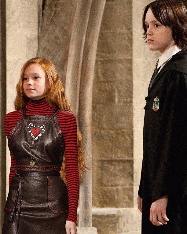 Героев фильмов о Гарри Поттере переодели в модную одежду