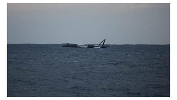 Упавшая в океан ракета SpaceX