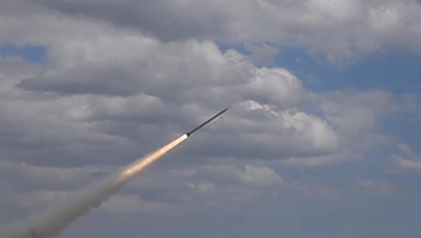 Турчинов объявил опланах провести вначале весны тестирования «уникальной» ракеты