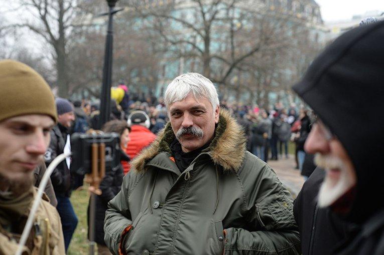 Дмитрий Корчинский у Десятинного монастыря в Киеве