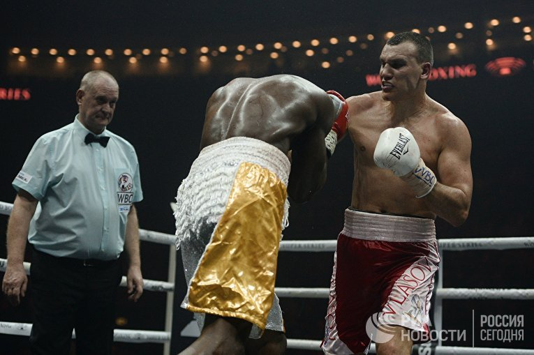 Бокс. Бой М. Гассиева и Ю. Дортикоса
