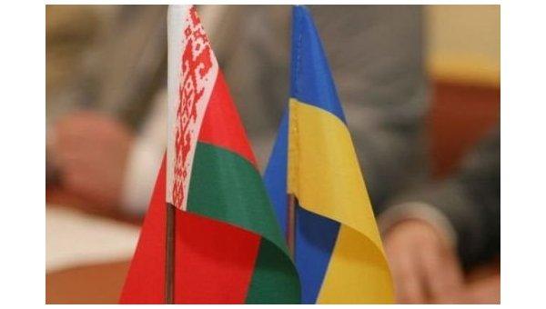 Флаги Украины и Белоруссии