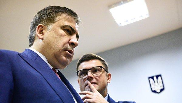 Михаил Саакашвили (слева). Архивное фото
