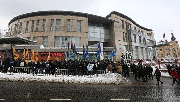 Пикет Генконсульства Польши во Львове