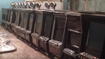 В центре Киева накрыли элитное казино с проститутками. Видео