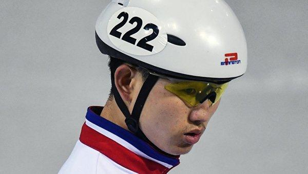 Чжон Кван Бом (КНДР) во время тренировки перед XXIII зимними Олимпийскими играми в Пхенчхане