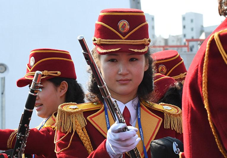 Чирлидерши из Северной Кореи прибыли на зимние Олимпийские игры