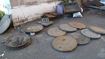 Украденные в Днепре канализационные люки